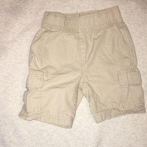 Boys khaki cargo shorts. Children's Place. Size 4